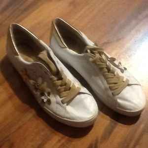 MICHAEL KOR SNEAKERS  WOMENS SIZE 8